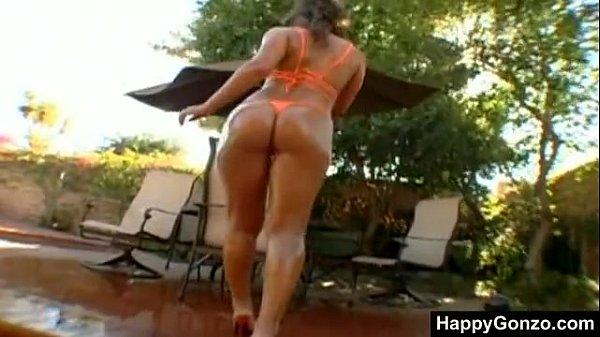 Naomi Russell Ass