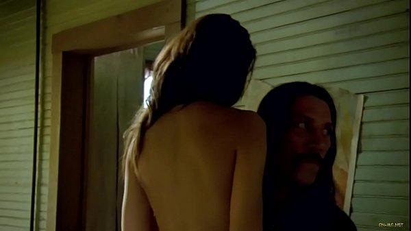 Mayra Leal Nude